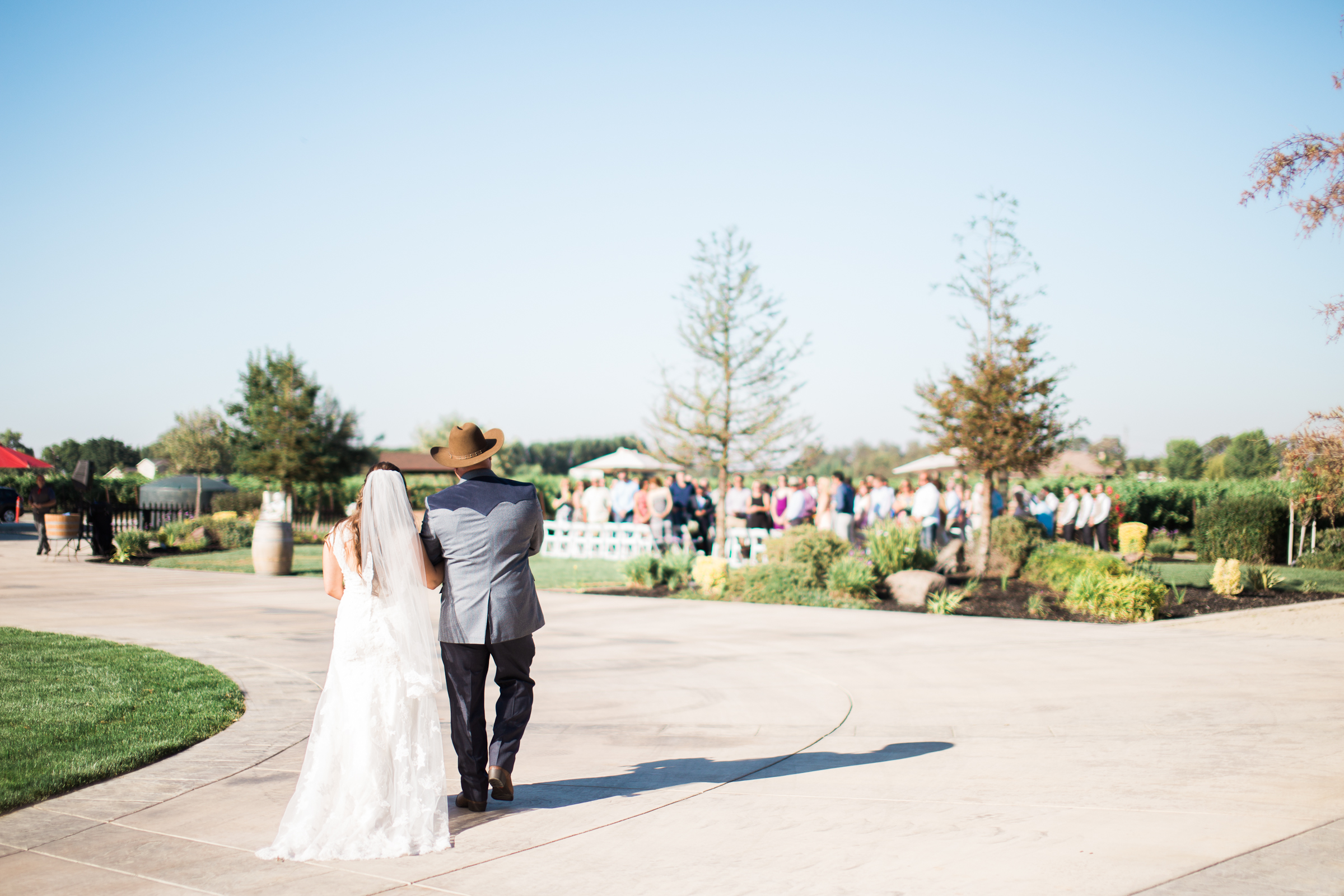 Andrew_and_Michelle_ByronCA_Leer_Vineyards_wedding-59.jpg