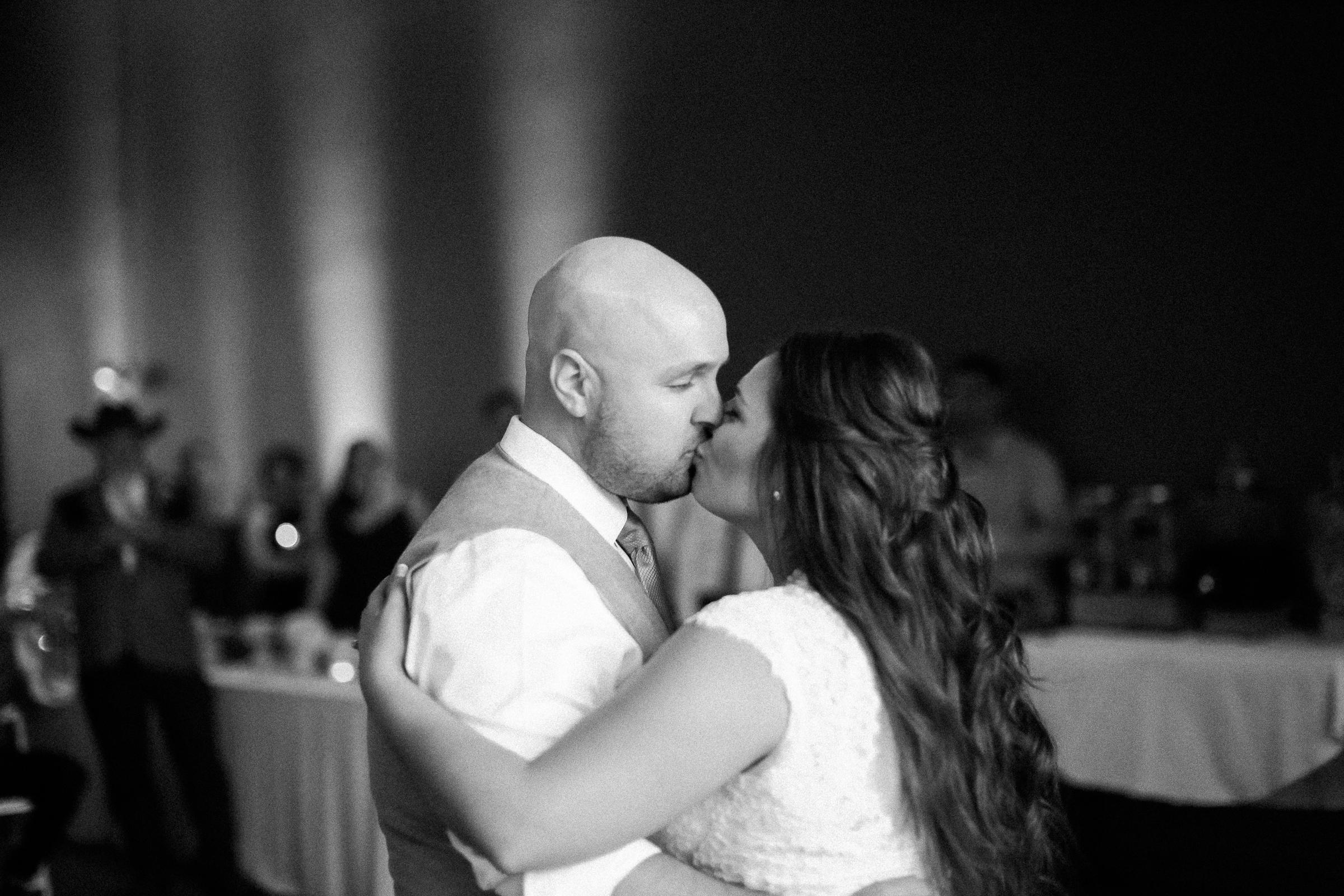 Andrew_and_Michelle_ByronCA_Leer_Vineyards_wedding-115.jpg