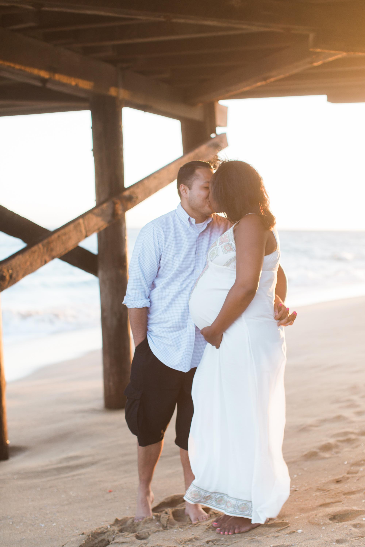 Adriana_Maternity_Balboa Pier_NewportBeach-48.jpg