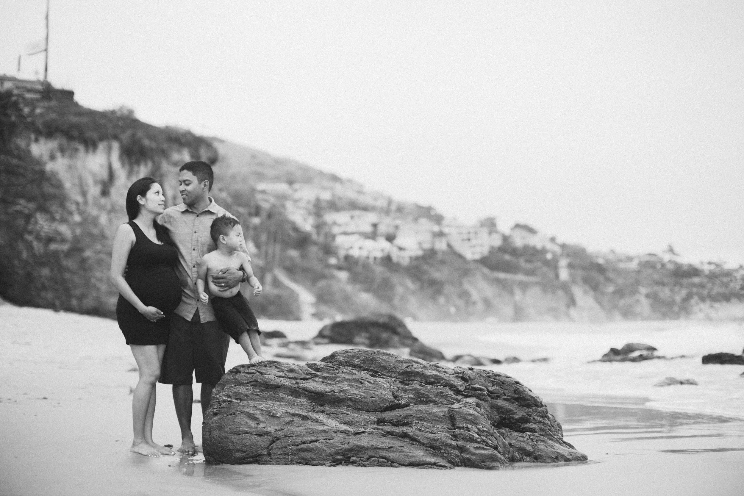 Joy_Maternity_LagunaBeach_BrandonJFerlinPhotography-55.jpg