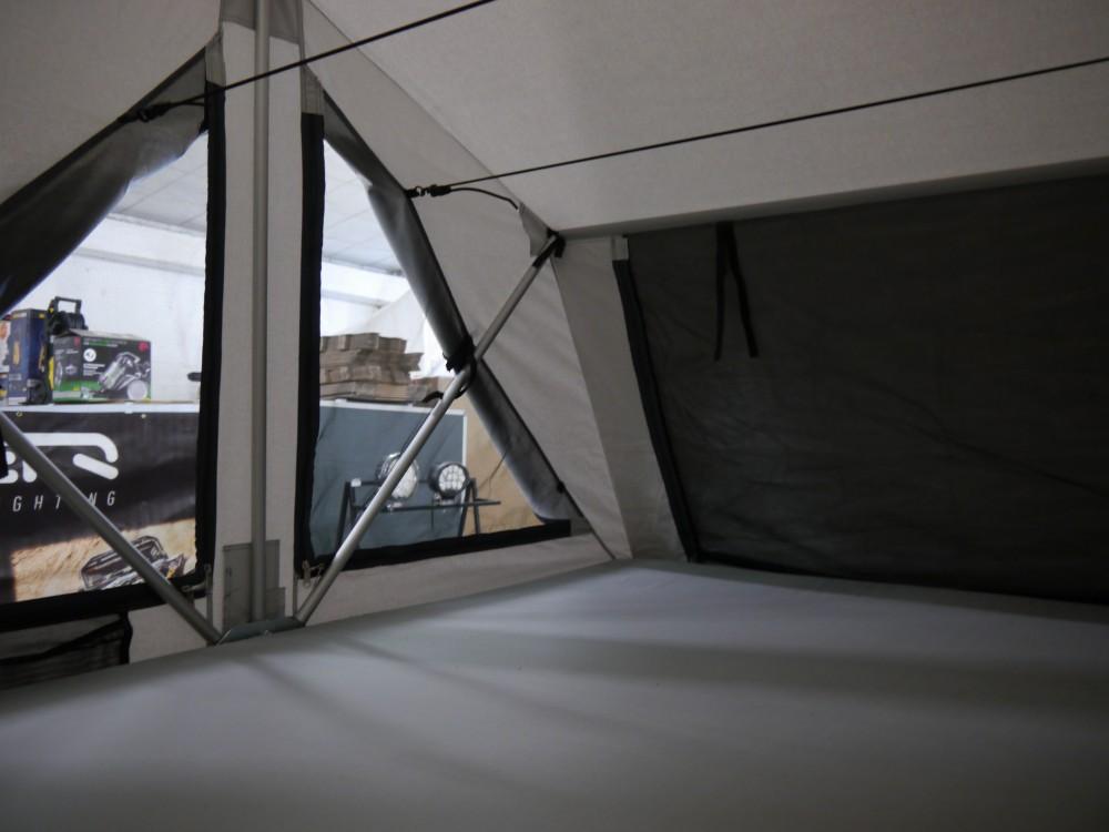 James Baroud Dachzelt Nomad 31.JPG