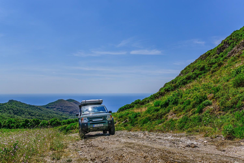 Unterwegs auf Korsika mit Land Rover Discovery 3 und James Baroud Space (C) Robert Manea 03.jpg