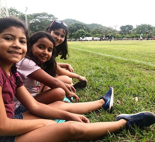 Go Richard!! We've got the biggest fans cheering him on during his Championship soccer game! ⚽️🏆 #cheerleaders #1dad #honduras #eternalfamilyproject #lifechange