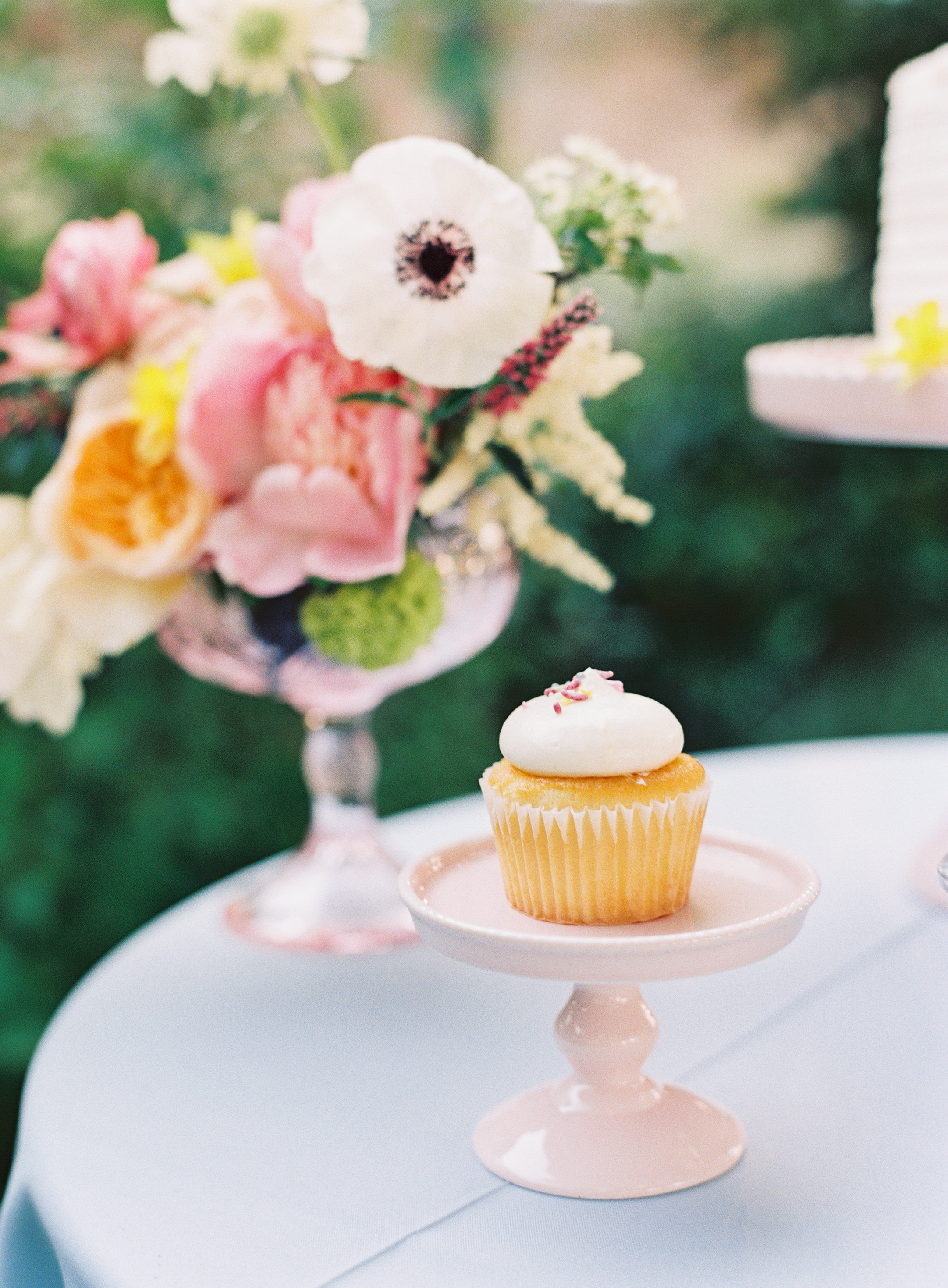 NathalieCheng_Monet_Styled_Shoot_Dessert_Table_Details_001.jpg