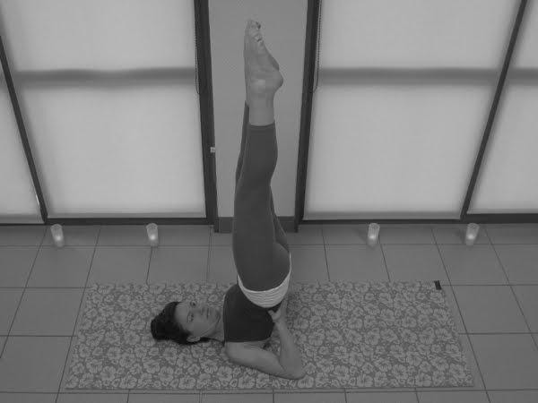 Posture de Yoga - La Chandelle