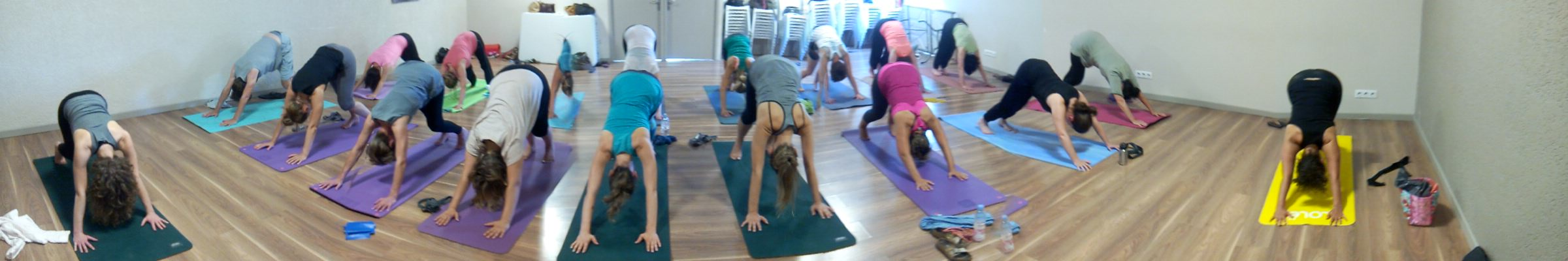 cours-yoga-collectif.jpg