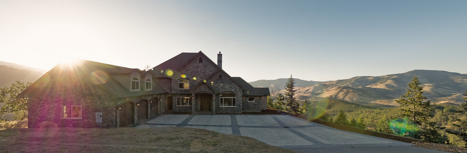 3723 Old Highway 99 S., Ashland, OR 97520 — click to view gallery