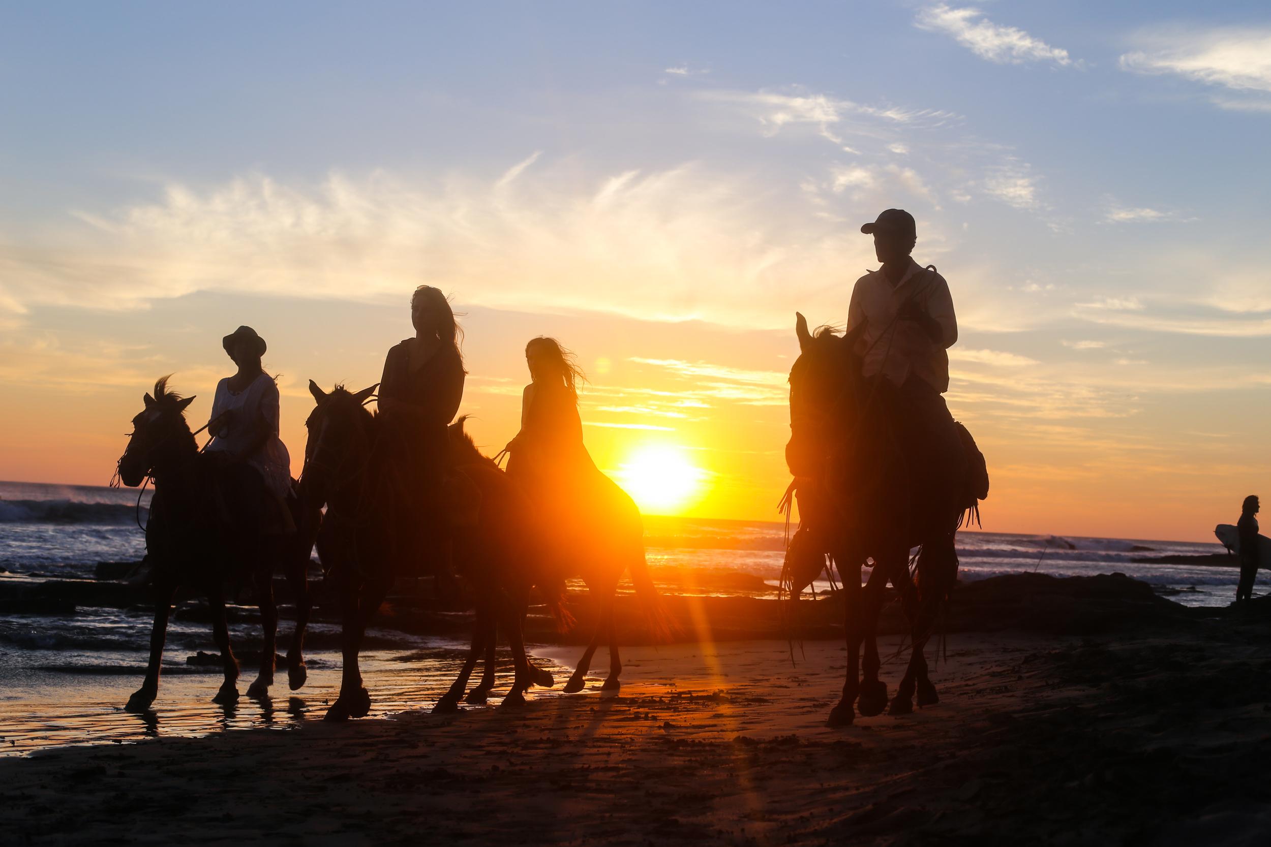 beach, toronto, kaylarocca, kaylaroccaphotography, ocean, wildandfree,travel photographer, yoga, fashion-12IMG_0131.jpg