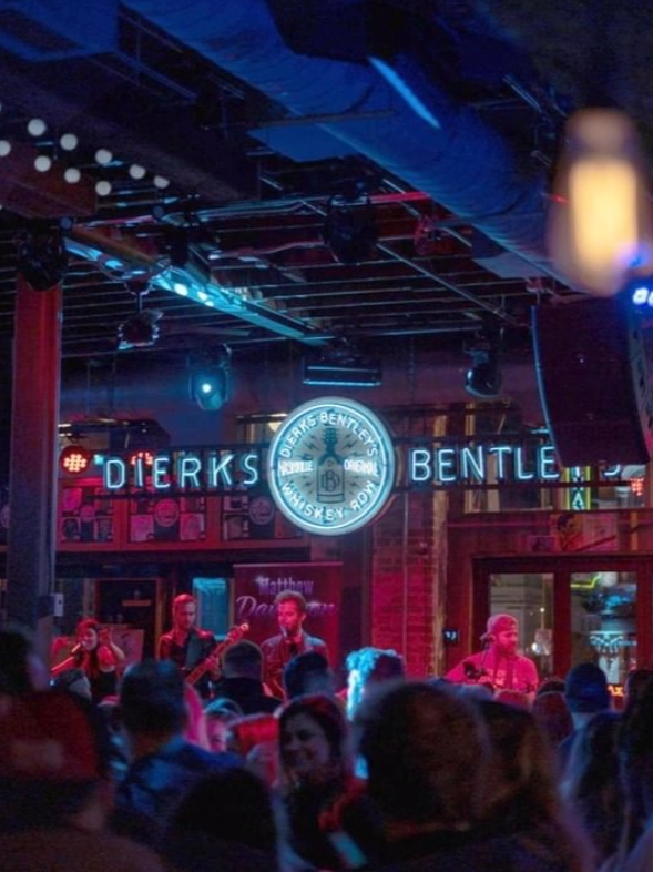 WHISKEY ROW - PARTY - Bottle service anyone? If your interested in partying the night away in a private booth, contact us or your Live Concierge.📷: @whiskeyrownashville