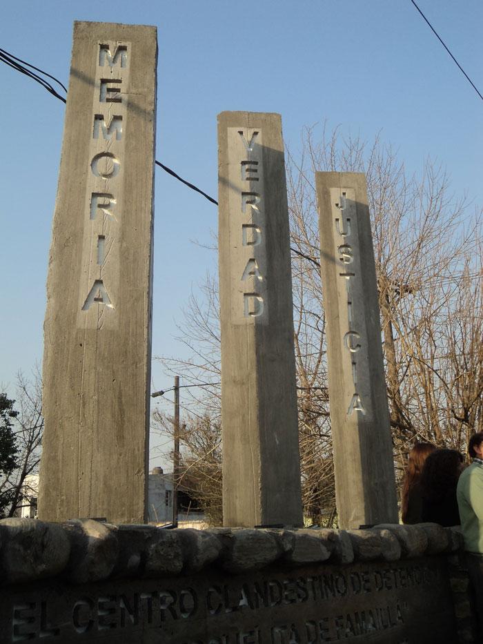 tres-pilares
