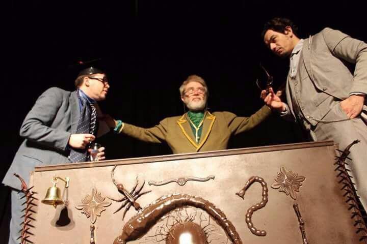 Escena de  Un tonto en una caja   Fotografía Gentileza Prensa Fiesta de Teatro por los Derechos Humanos