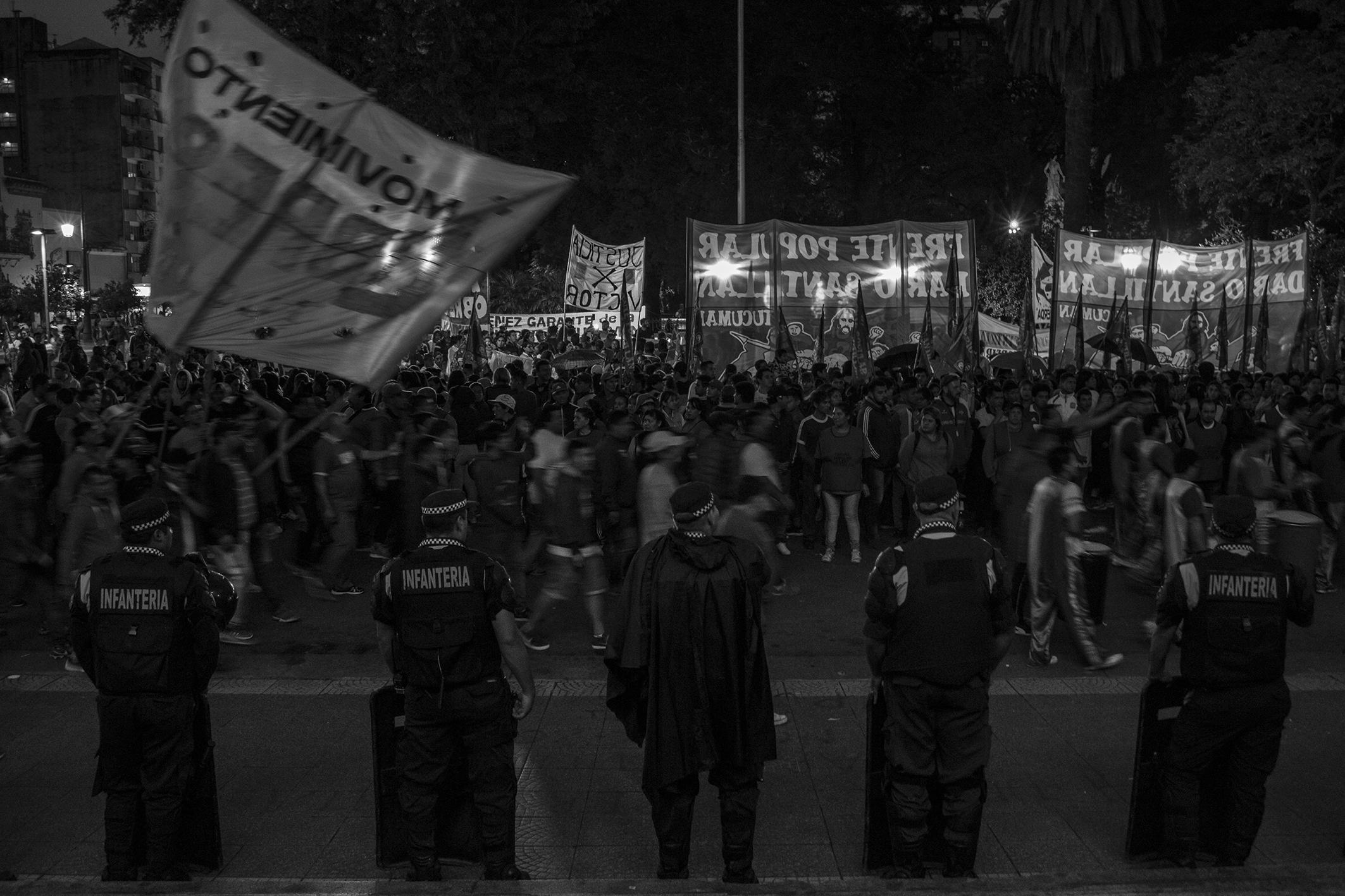 Marcha Plaza Independencia_La Palta_06.jpg