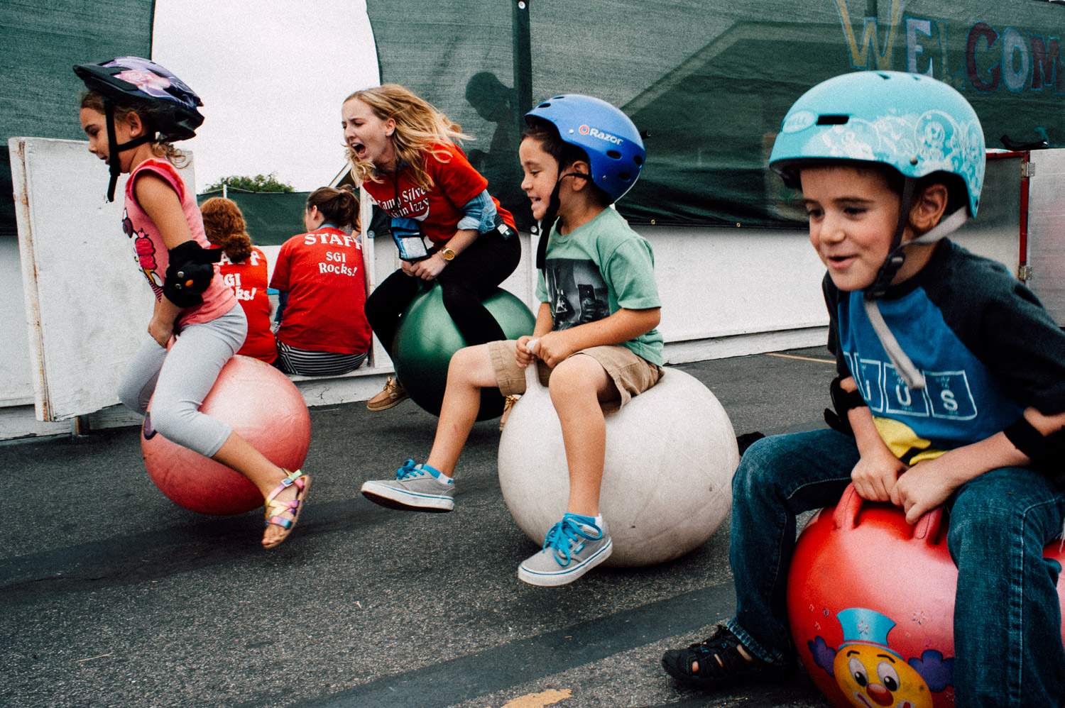 the great bouncy-ball race of 2015