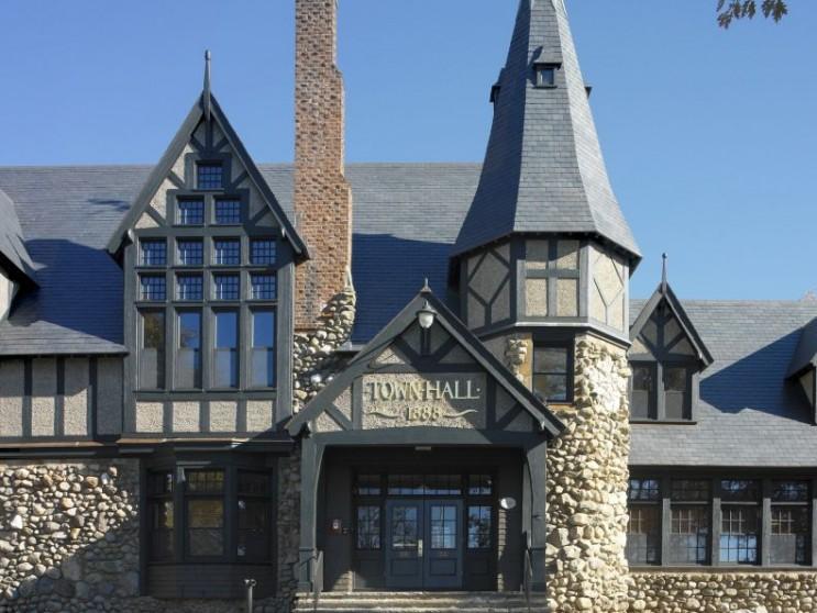Barrington-Town-Hall-011-743x558.jpg
