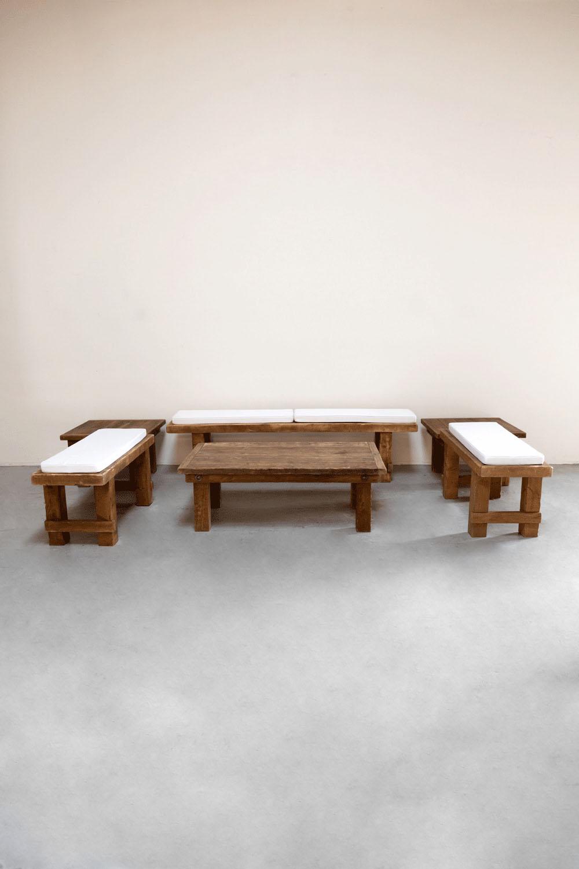 $200 Brown Rustic Lounge