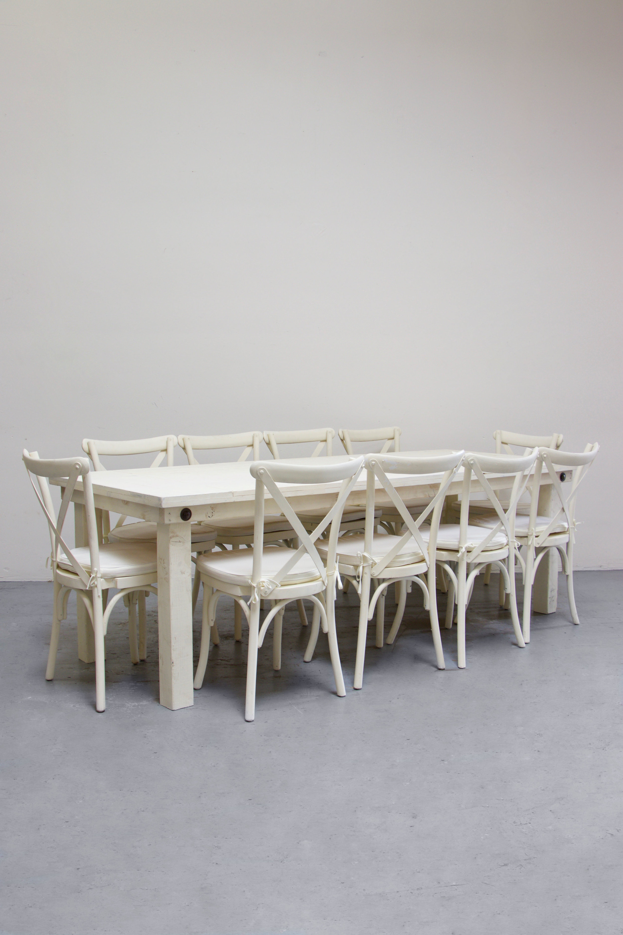 $160 1 Vintage White Farm Table w/ 10 Cross-Back Chairs