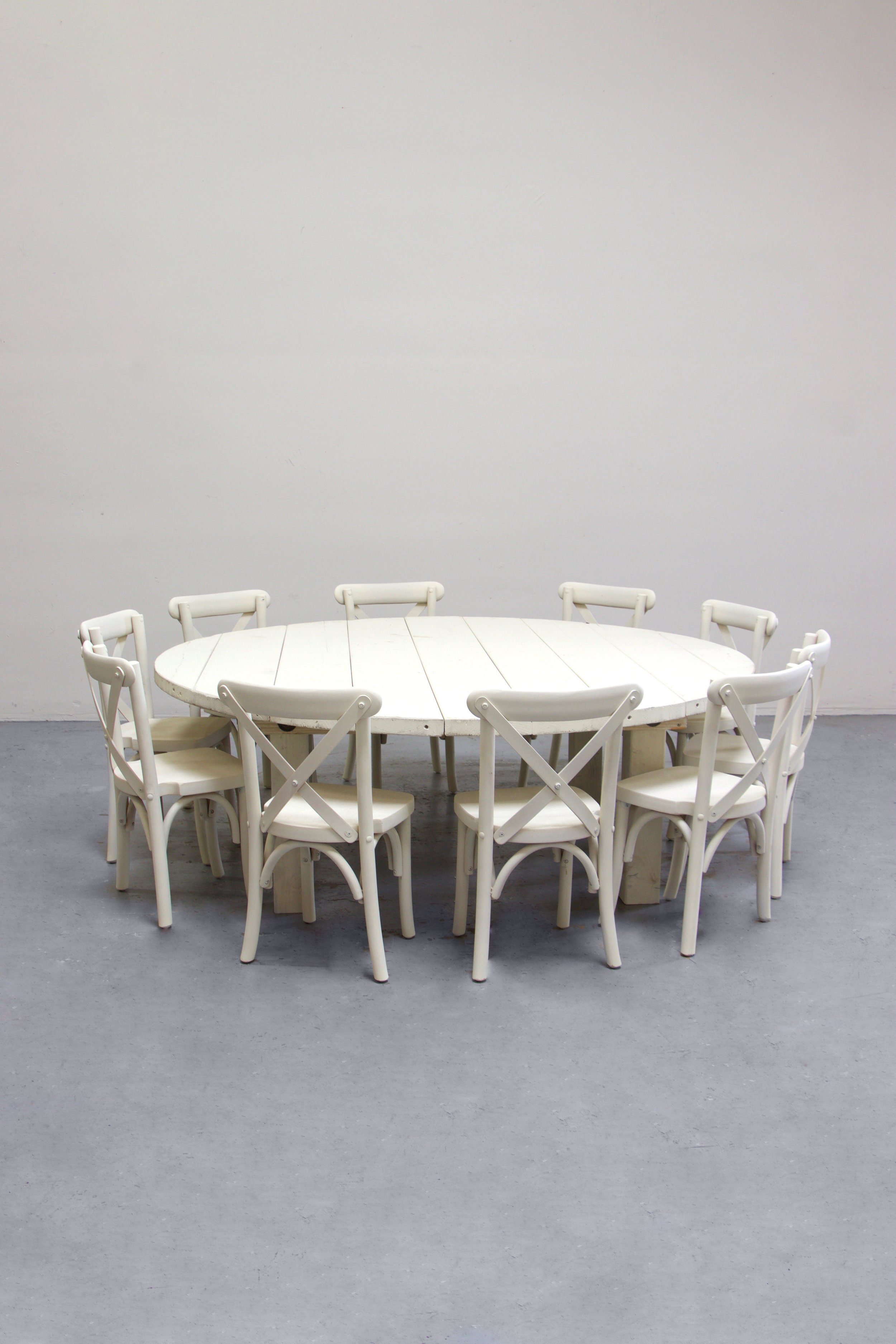 $135 1 Kids Vintage White Round Farm Table w/ 10 Cross-Back Chairs