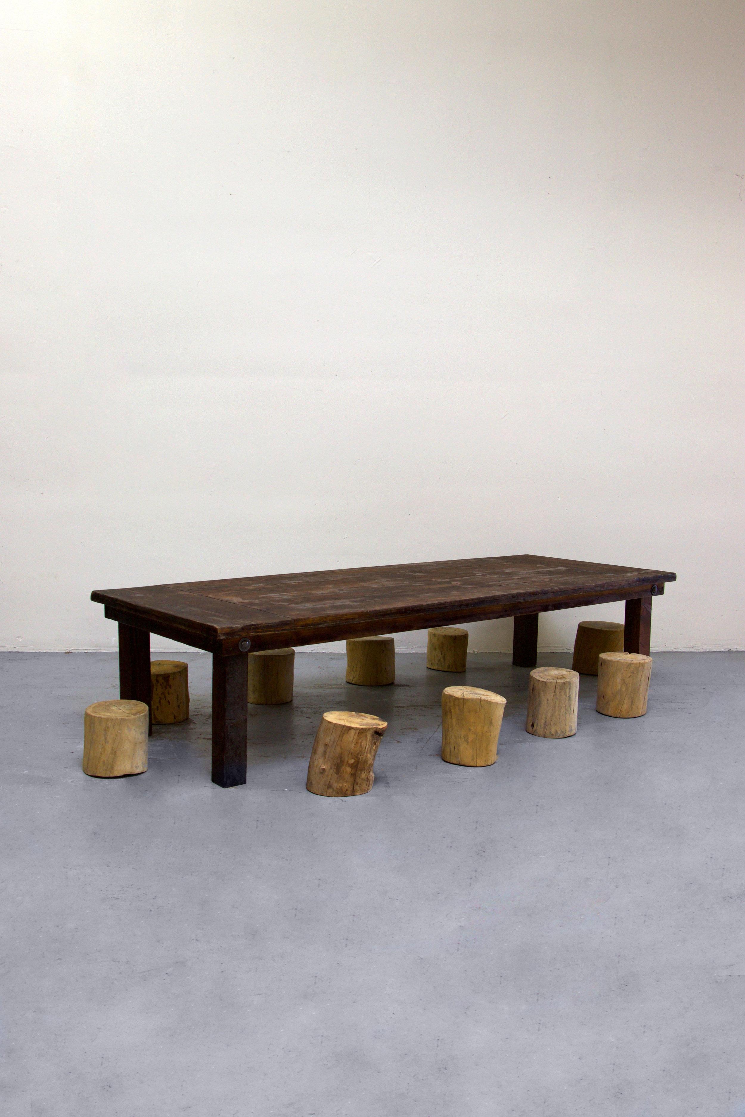 1 Kids Mahogany Farm Table w/ 10 Tree Stumps