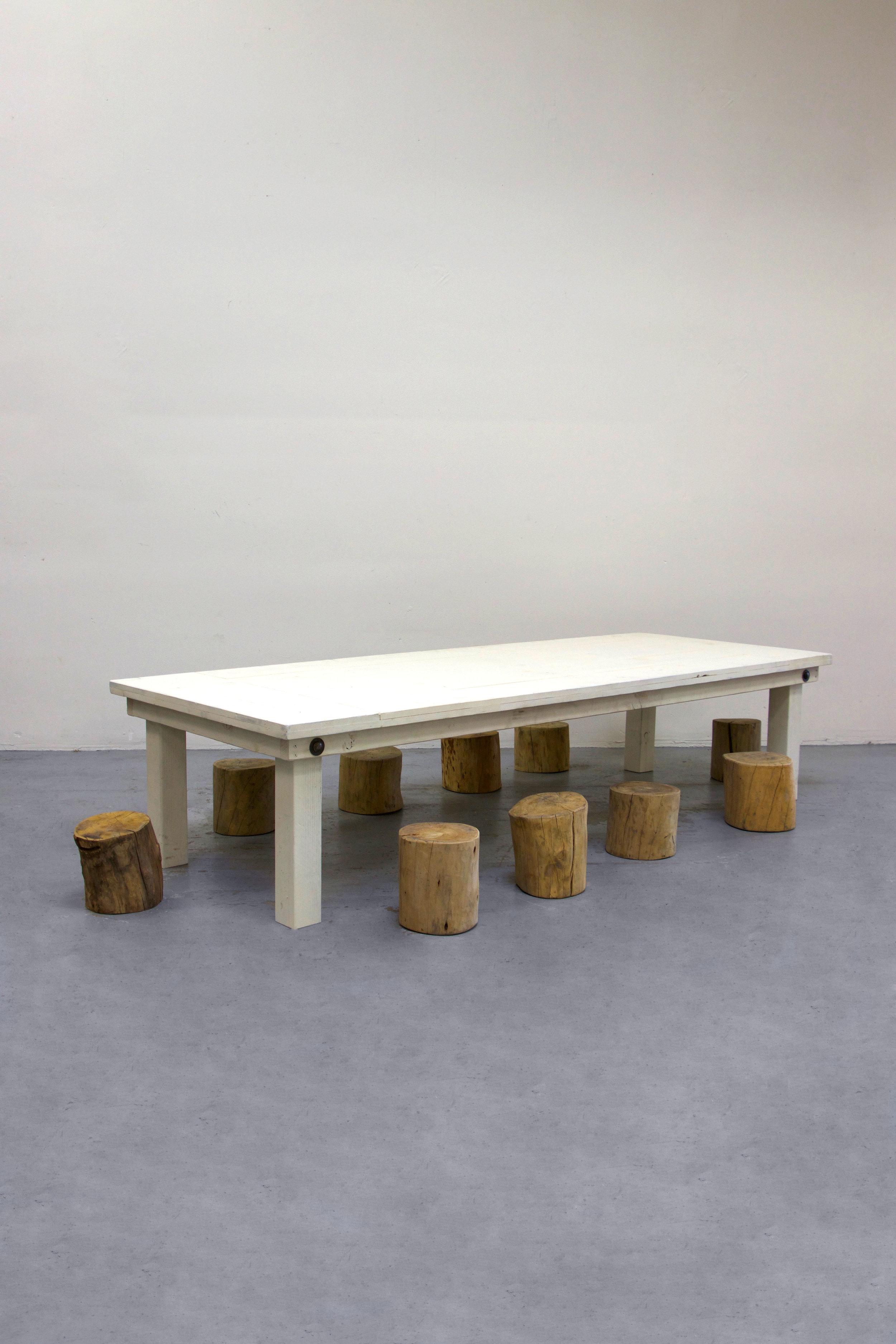 1 Kids Vintage White Farm Table w/ 10 Tree Stumps
