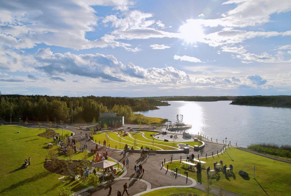 We bring the same attention to quality and detail to every project, no matter how big or small. We have the skilled people and right equipment to take on any job. - Some of the larger projects we've completed include the landscaping on Yellowknife's Old Airport Road, as well as Somba K'e Civic Plaza in front of City Hall.