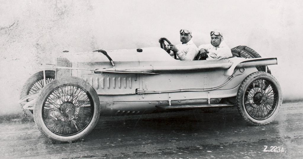Magnificent  Mércèdes. The 1914 French Grand Prix 4.5 litre.