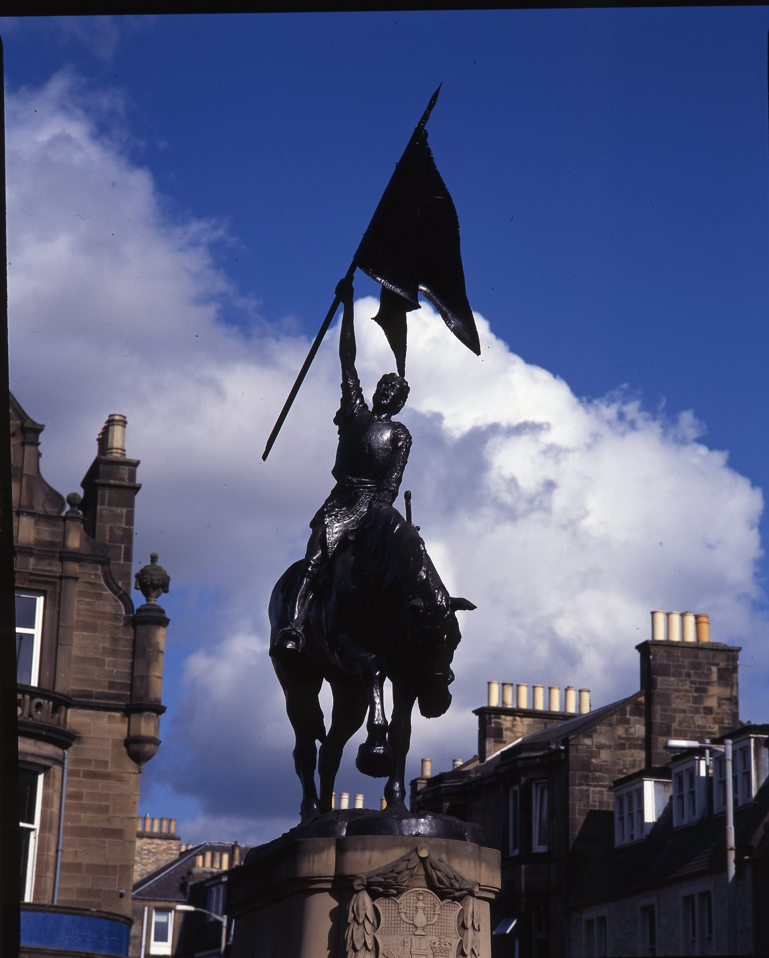 Hawick Border Reiver statue commemorates 1514 capture of Hexham Pennant from English soldiers.