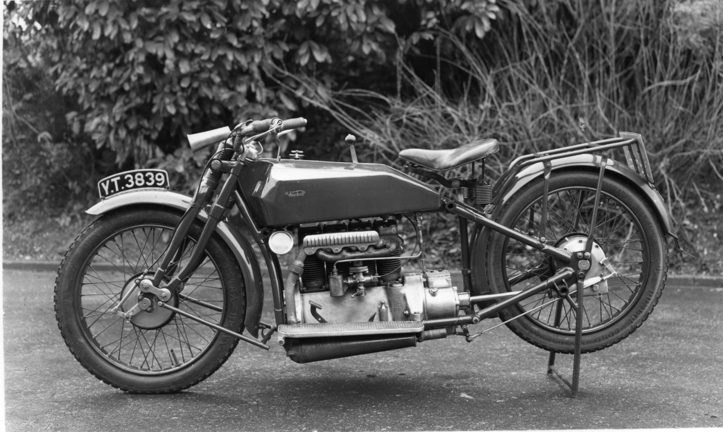 002 079 1923 motorcycle420 (1).jpg
