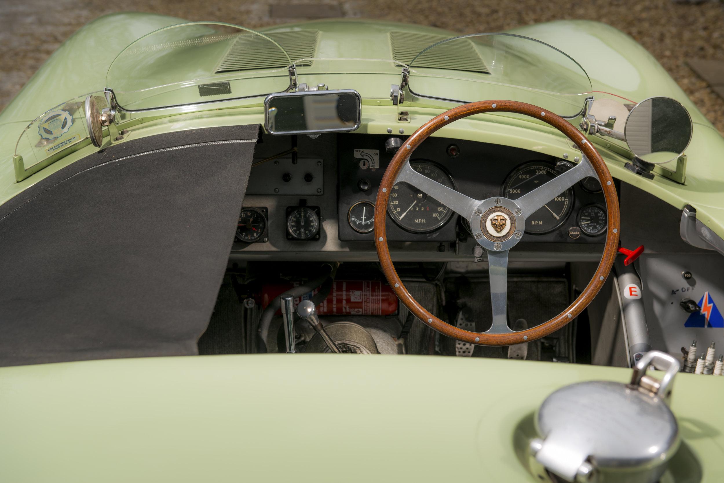 006 Jaguar_C-Type-013.jpg