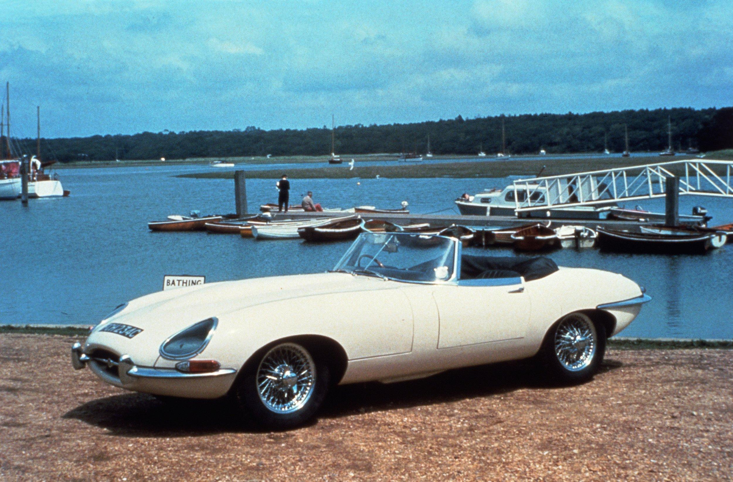 008 1964 E-type.jpg