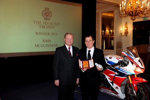 RAC Chairman Tom Purves (left) awards the Segrave Trophy of 2015.