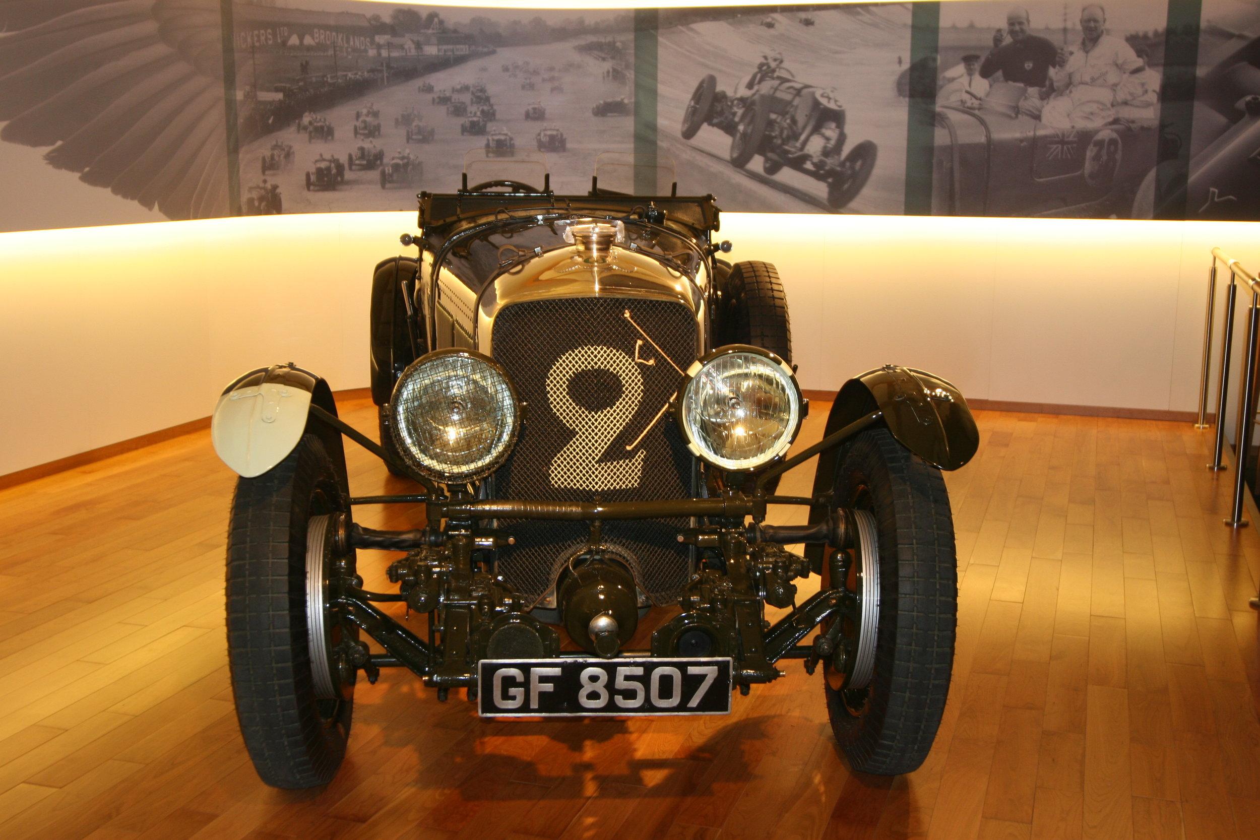 Genf Bentley.jpg