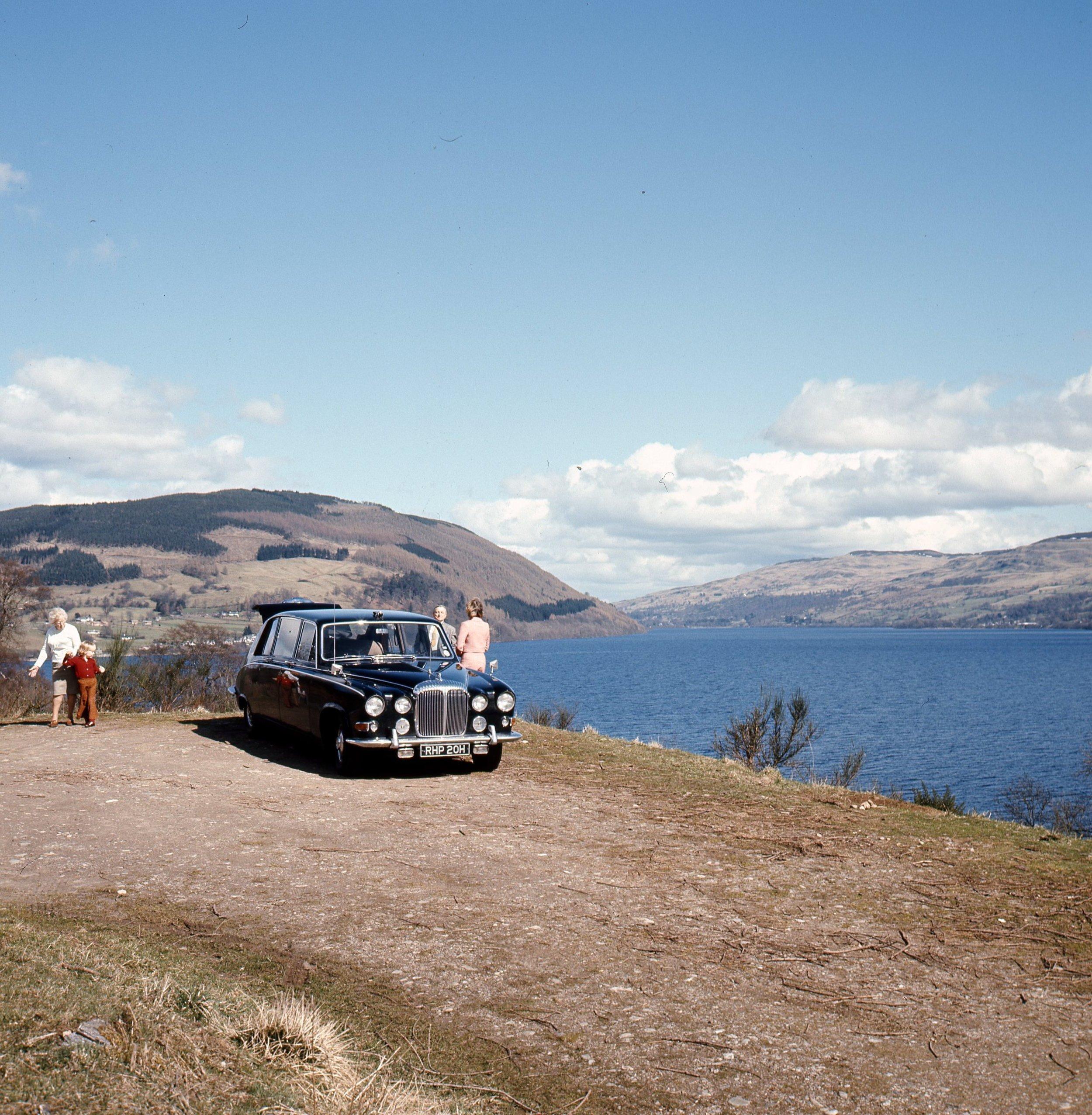 Daimler limo Culloden (3).jpg
