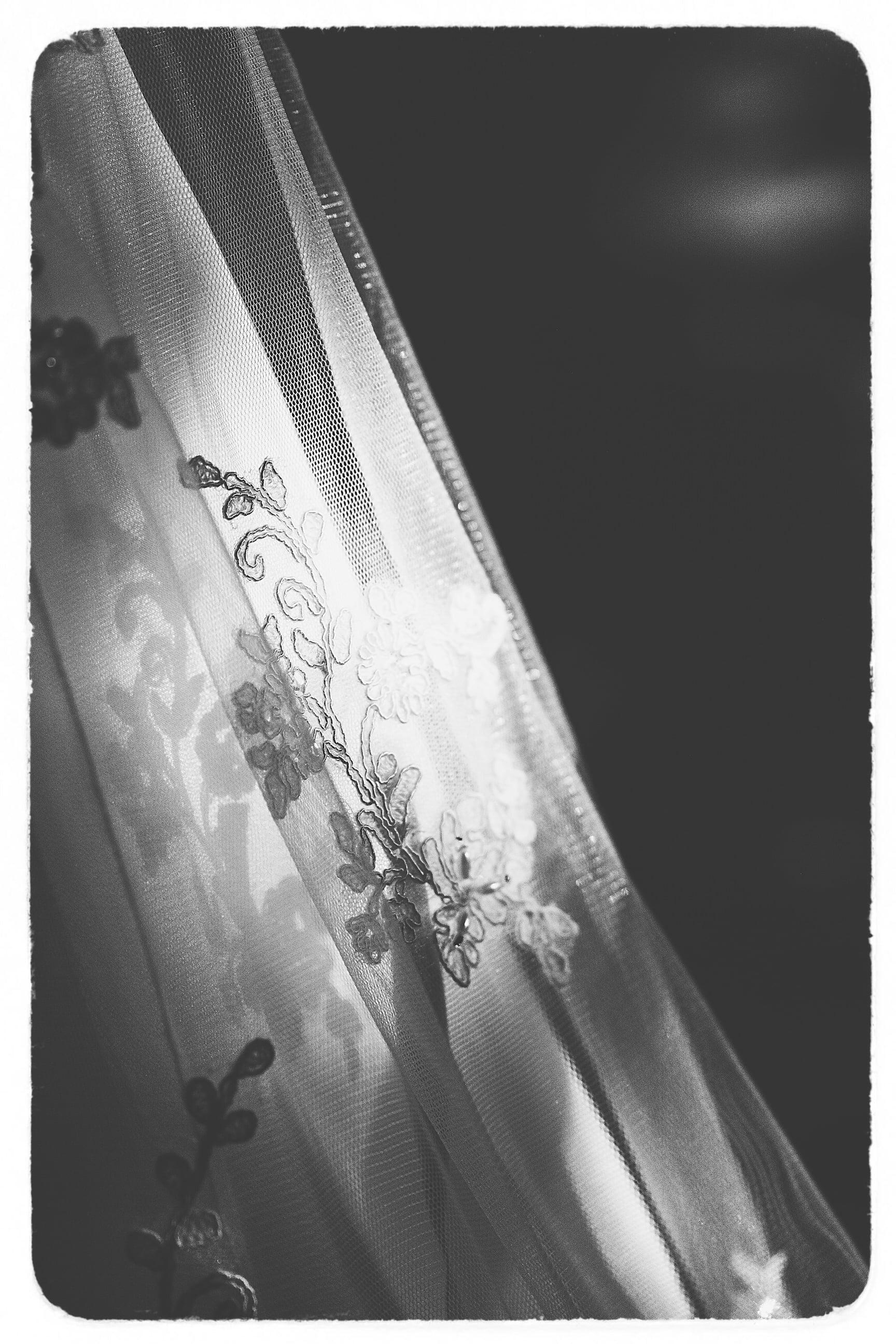 Michelle & Jordan - Black & White Collection-29Film.jpg