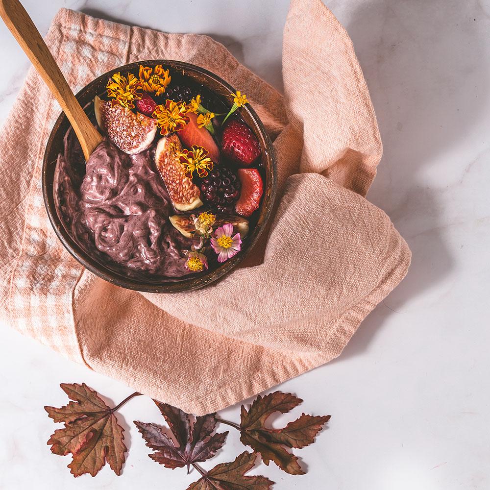 Acai Bowl with fruits