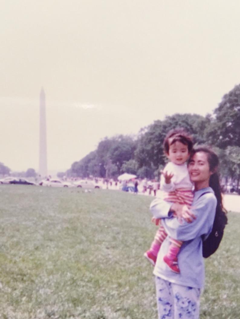 小時候的我與媽媽