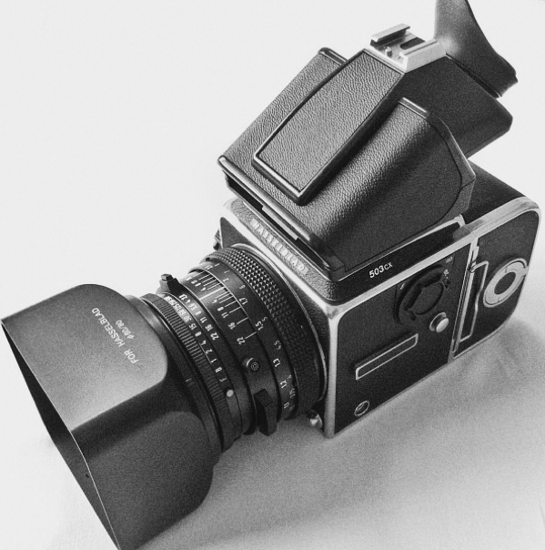 Hasselblad 500cm / 503cx Tips and Review — Wedding