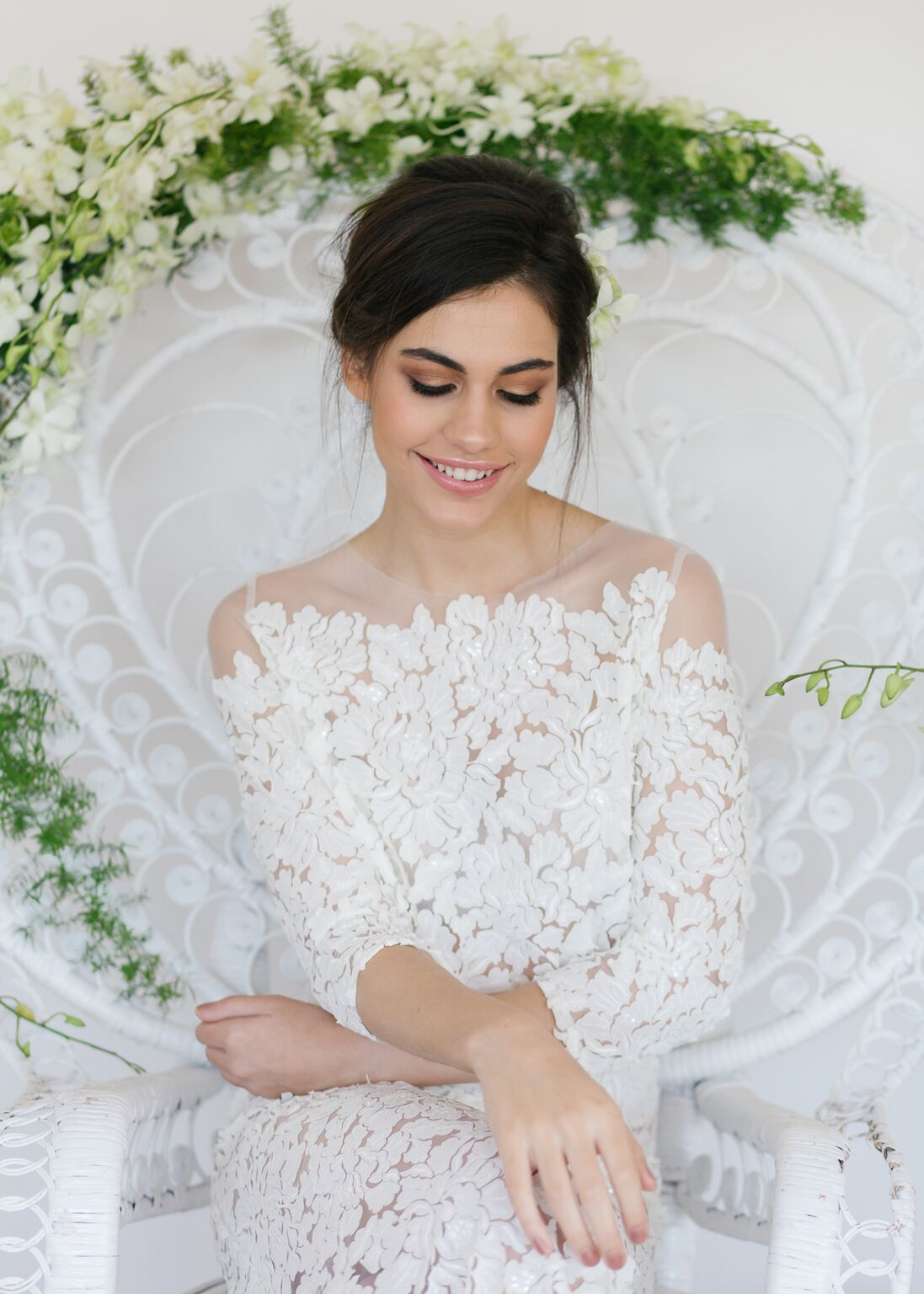 White-wedding-flowers-by-julia-rose-babalou-kingscliff-peacock-chair-lace-.jpg
