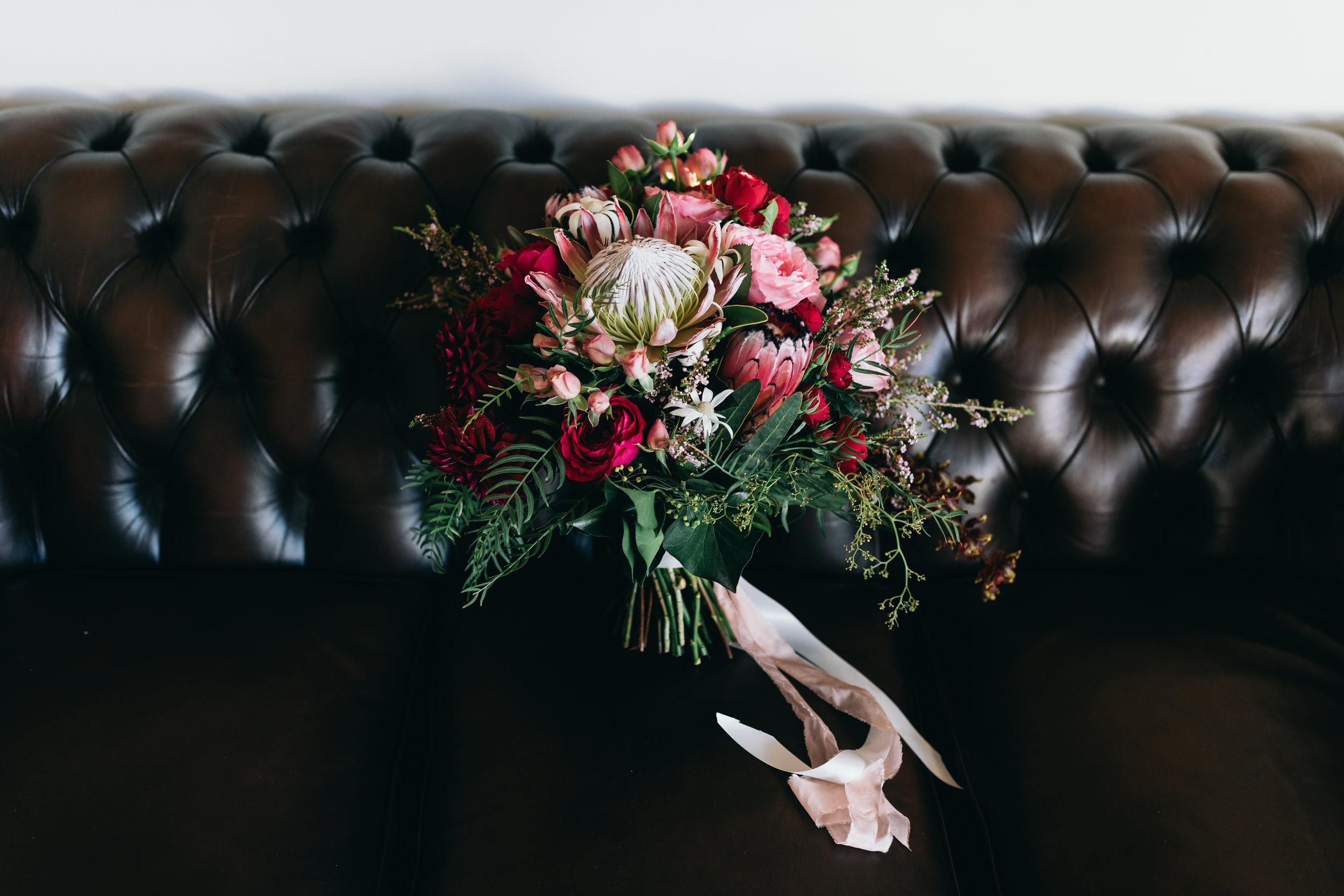 Gloriosa Florals