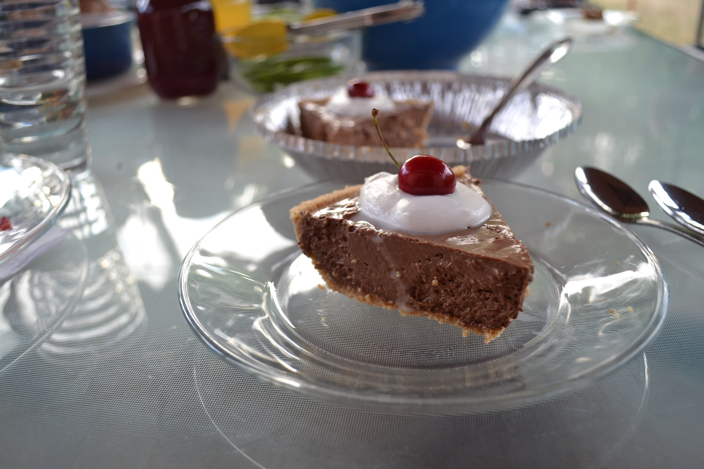 Fudgy Chocolate Mousse Pie
