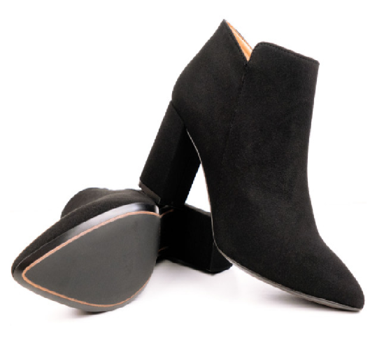 Wills Vgena Shoes - Point Toe Boots.png