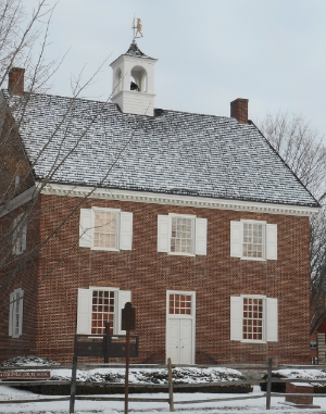 Colonial Court House.jpg