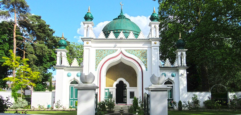 shah-jahan-mosque-gallery.jpg