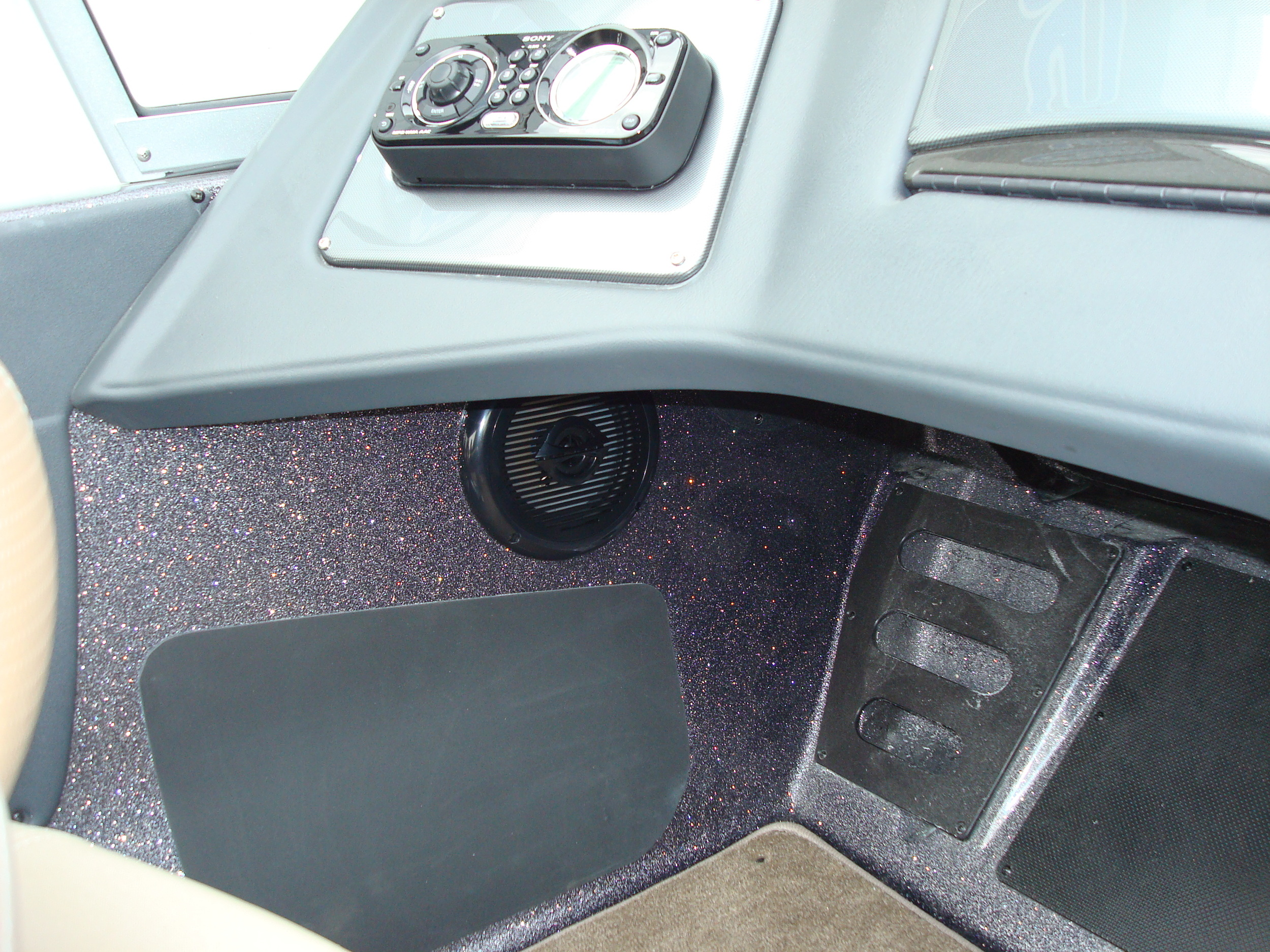 Passenger Side Speaker Cut-In