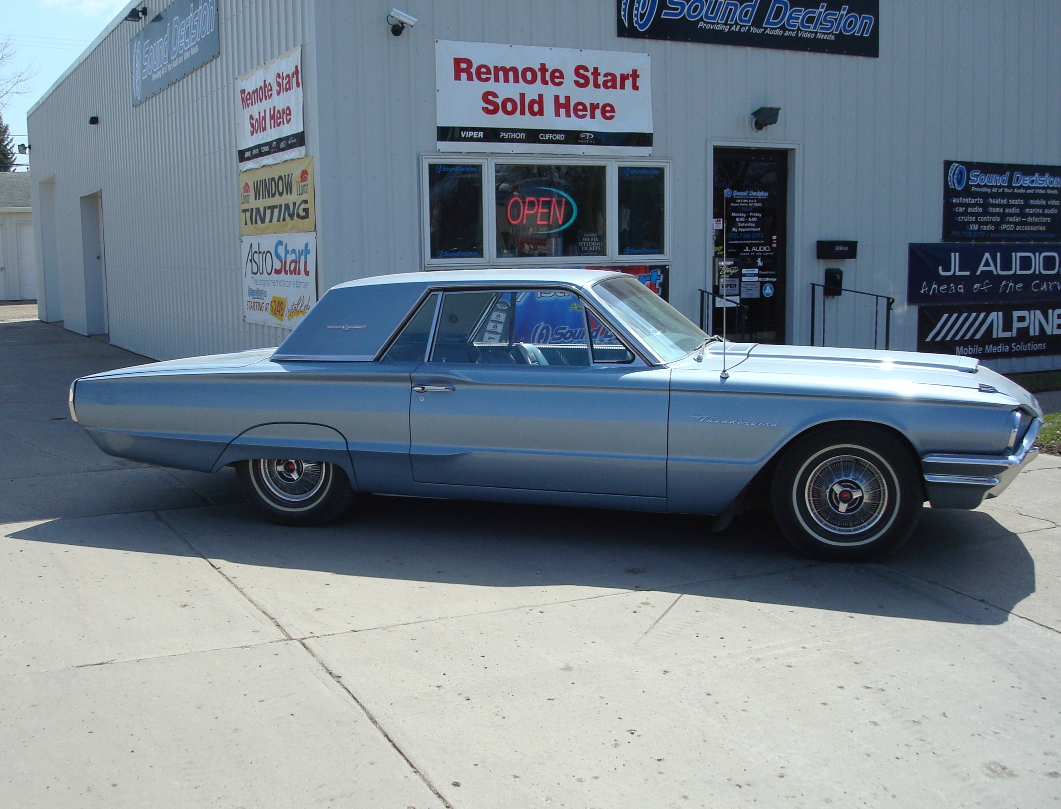 1964 Thunderbird - Custom Autosounds Factory-Look Radio, Front Kick Panel Speakers & Rear Deck Speakers