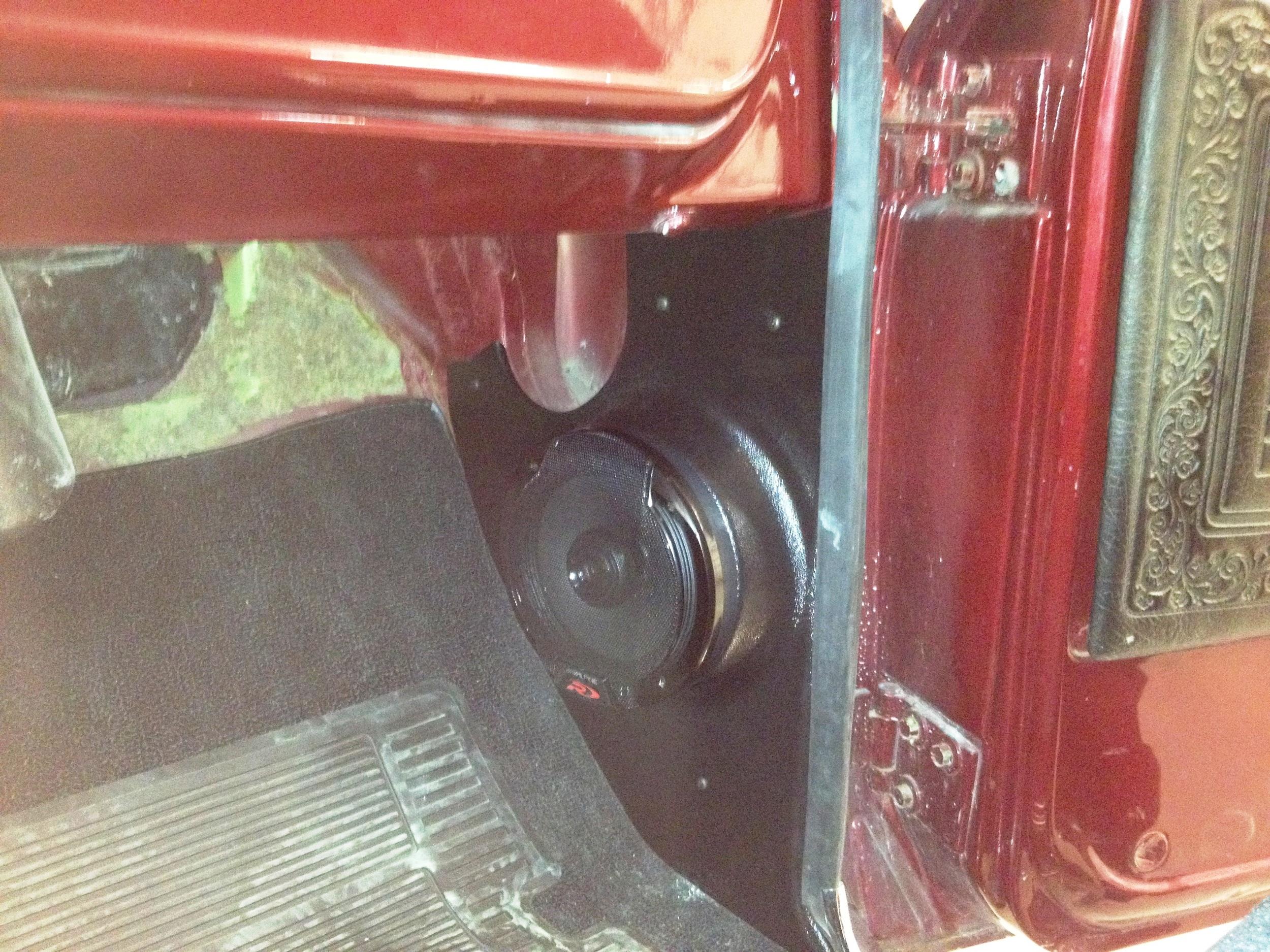 """1969 Chevy C10 - Alpine Type R 6.5"""" Kick Panel Speakers"""