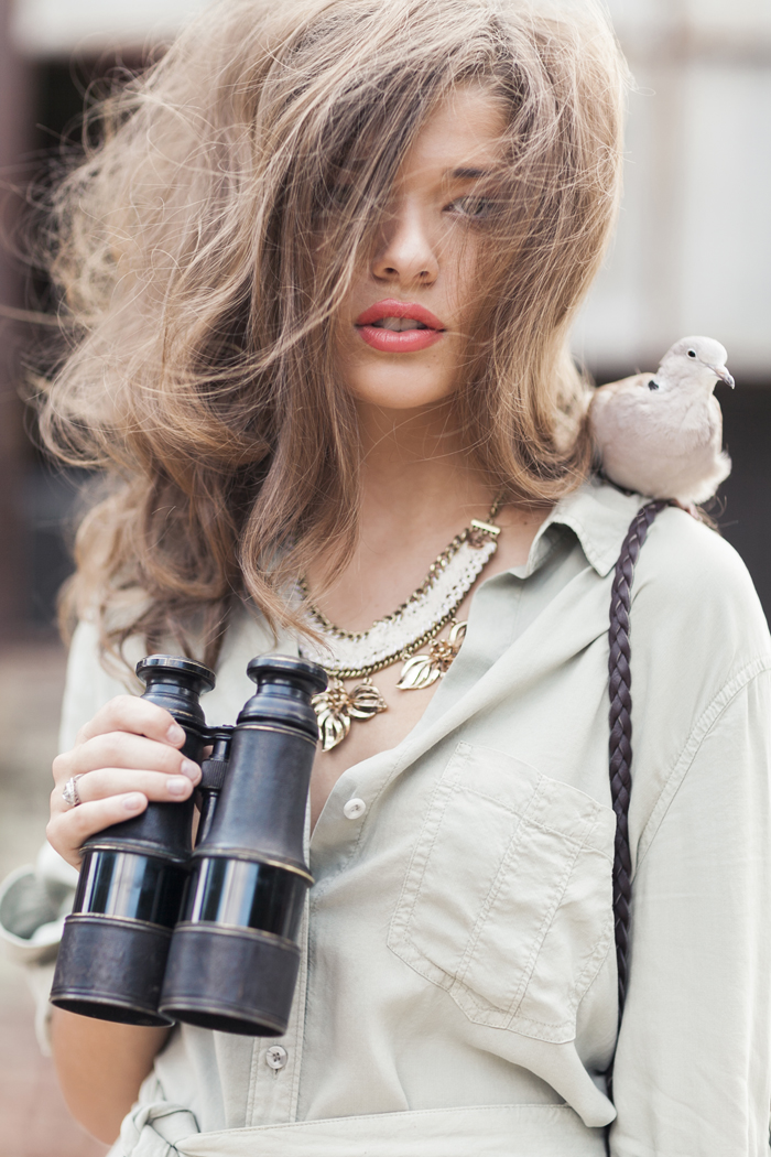 sleepy-fox-photography-chelsea-and-the-city-anthropologie-fashion-editorial-styling-hudson-shirtdress-summer-2014-bird-watching-floral-bib-necklace.jpg