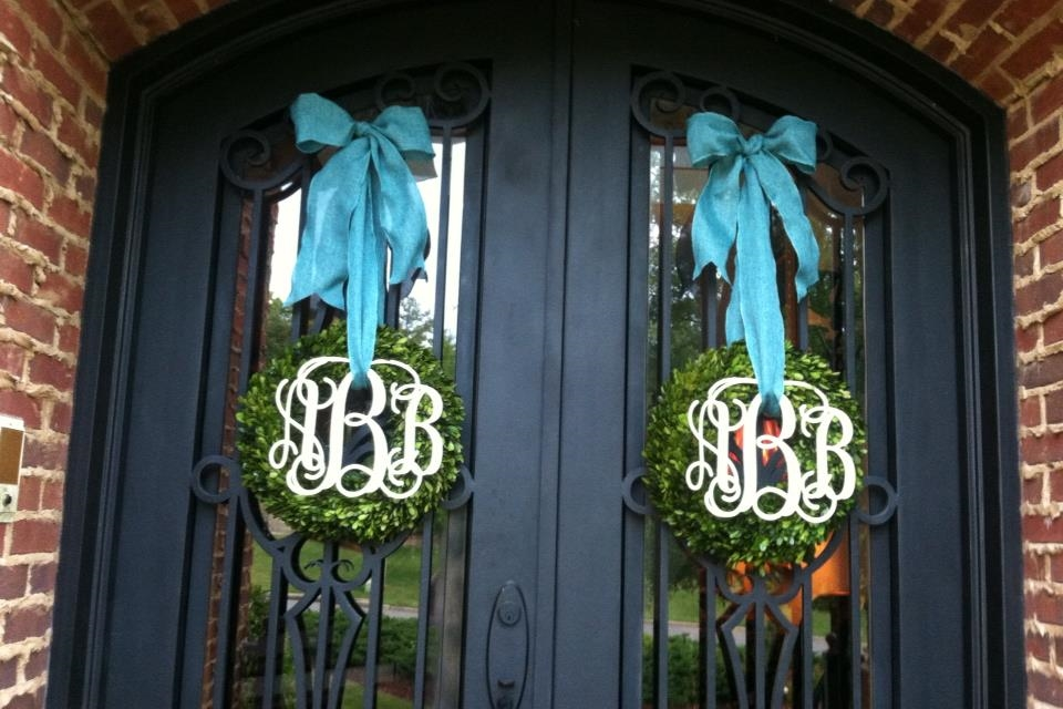 Double-Doors-with-Boxwood-Wreaths-12-in.jpg