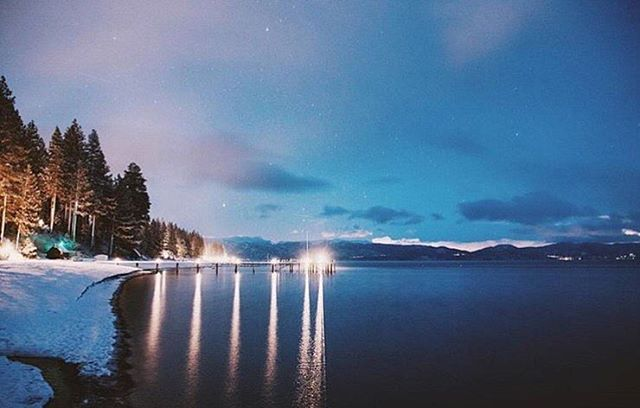 Happy New Year from your friends at Cedar Crest Cottages!!! We hope you all had a safe and wonderful start to 2017!! ❄️❄️❄️ #Regram via @tahoenorth #laketahoe #newyear #snow #boutiquehotel