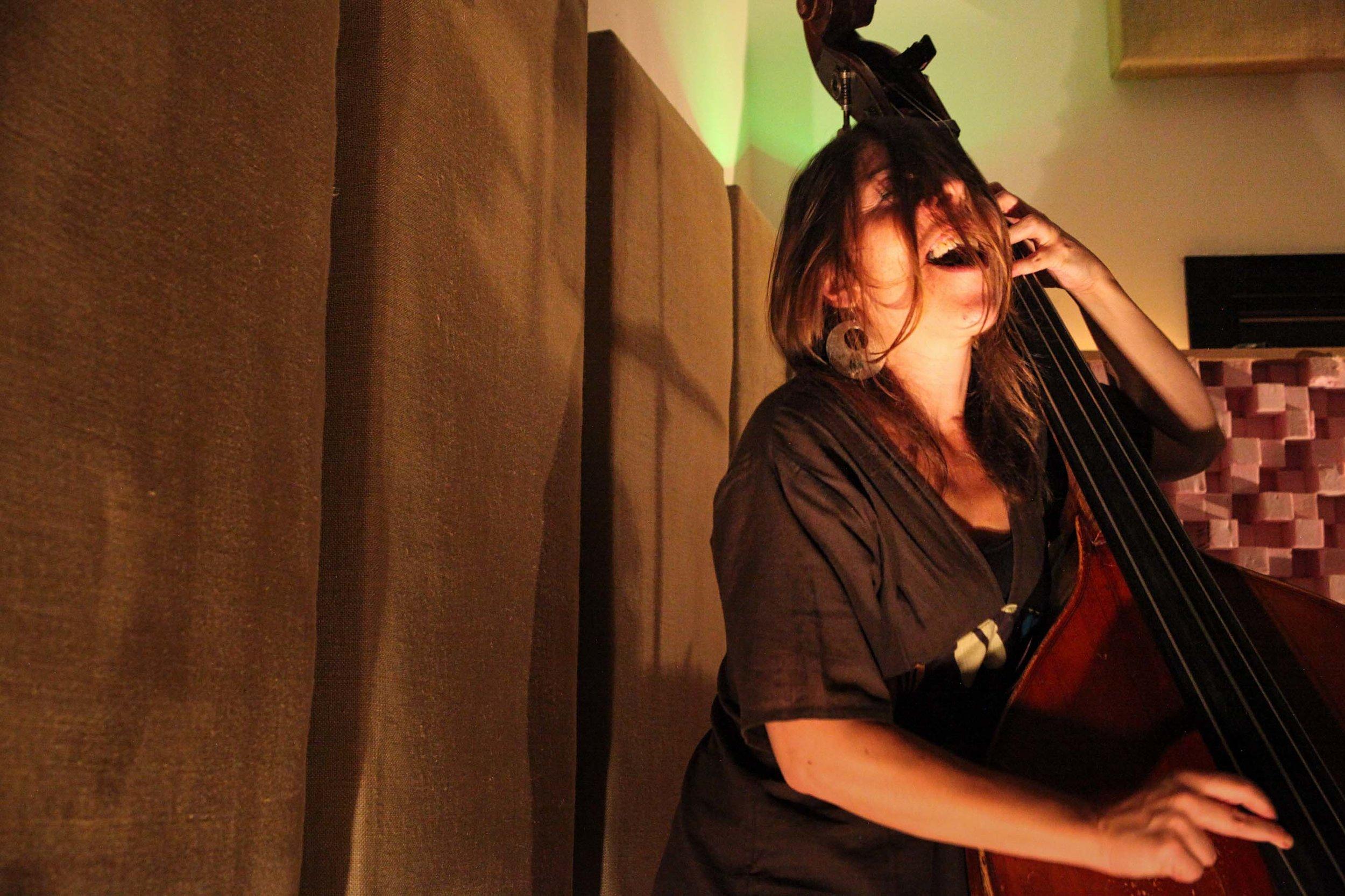 Silvia Bolognesi. Experimental Sound Studio, Chicago, 2015.