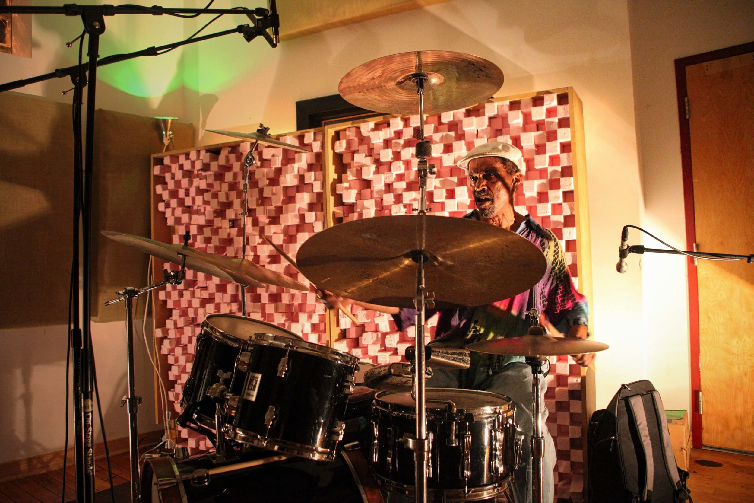 Avreeayl Ra. Experimental Sound Studio, Chicago, 2015.